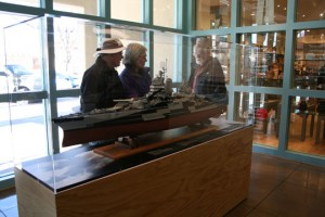 Visitors at Cecil Whitson's model of the BB 40.